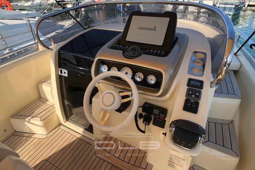 INVICTUS 280 GT
