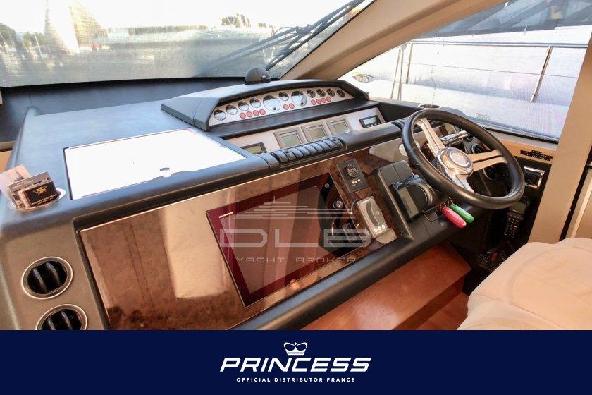PRINCESS V70