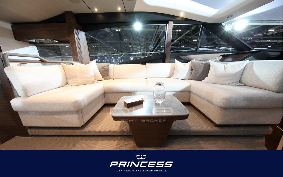 PRINCESS S62