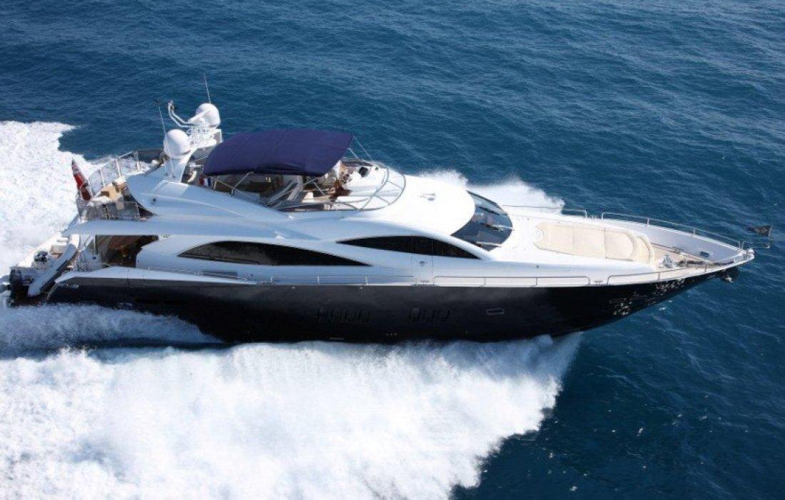 SUNSEEKER 90 Yacht