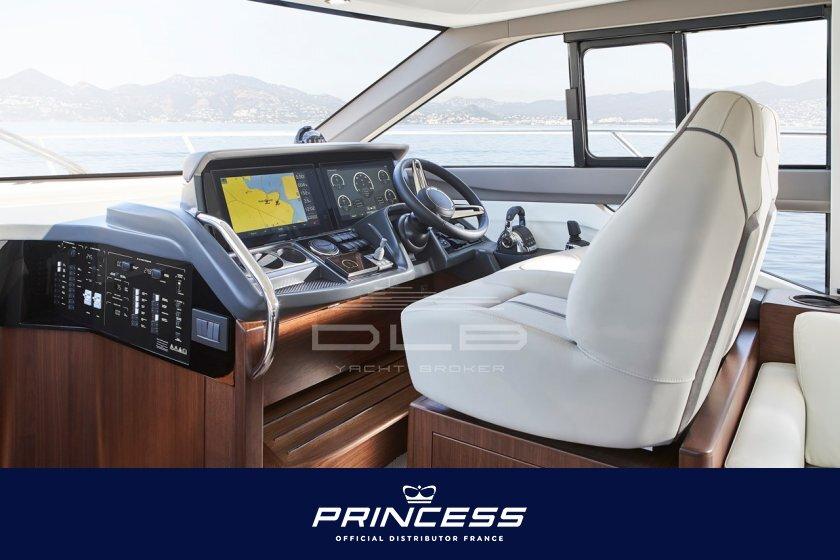 PRINCESS F50