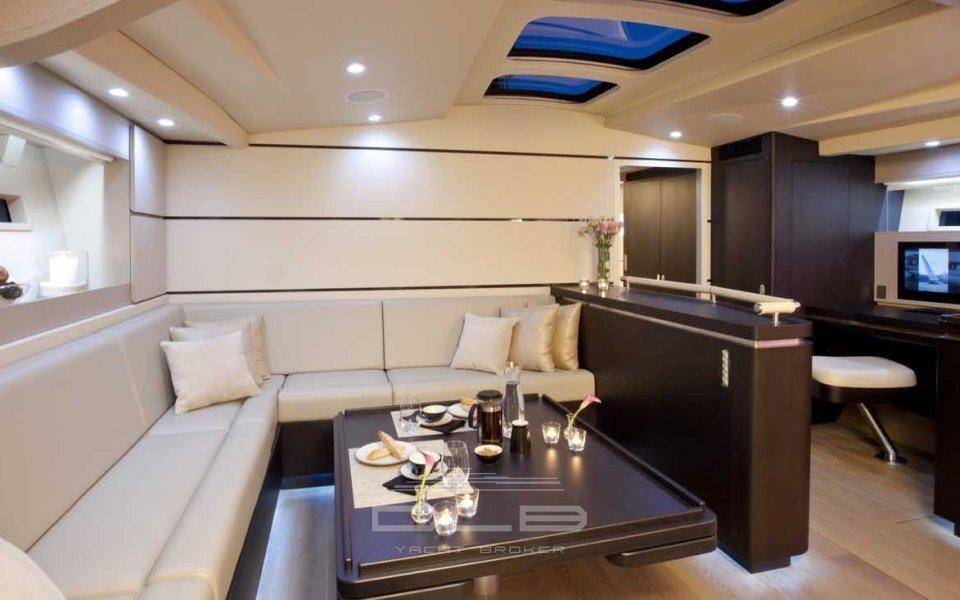 Carbon Ocean Yachts 82