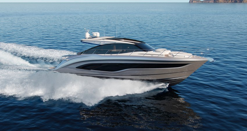 New Princess V55 Exhibited à the Dusseldorf Boat Show 18-26 January